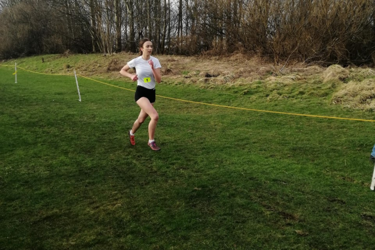 Ella Duffield running